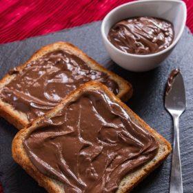 Csokoládékrémek, mogyoróvajak